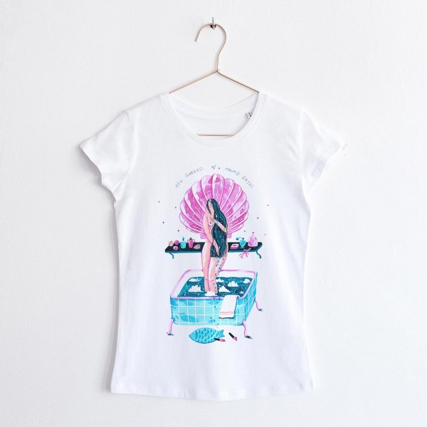 GODDESS OF FOAMY BATHS / round NECK TSHIRT